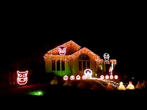 2013 Jaeger Holiday Haus Halloween Light Show