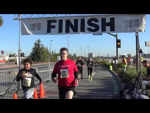 OktobeRun 2014 5K Finish Line Video