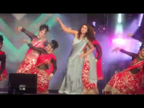 Desi Girl (Parineeti Chopra) Dream Team Concert HD