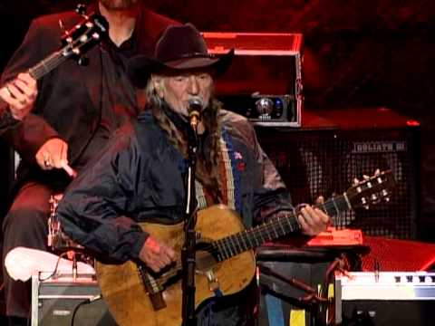Willie Nelson - Whiskey River and Still is Still Moving to Me (Live at Farm Aid 2008)