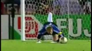 Ronaldo vs  Kahn 2002.