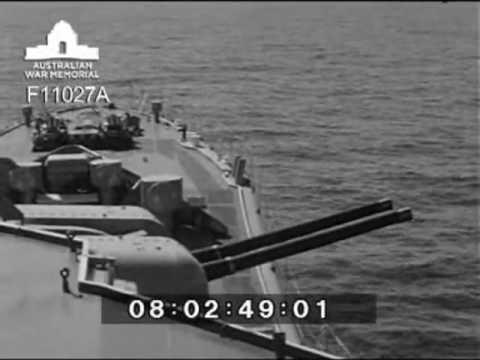 HMAS Yarra gunnery
