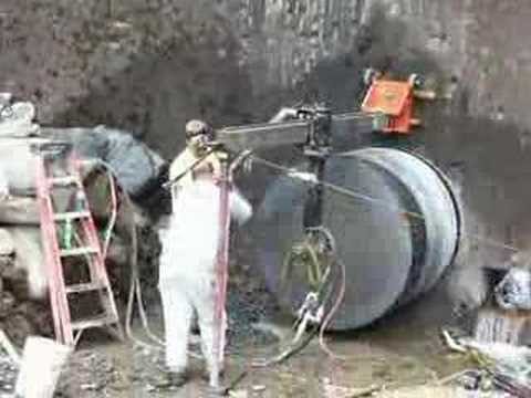 Core drilling 5ft diameter hole in 6ft concrete wall on Dam