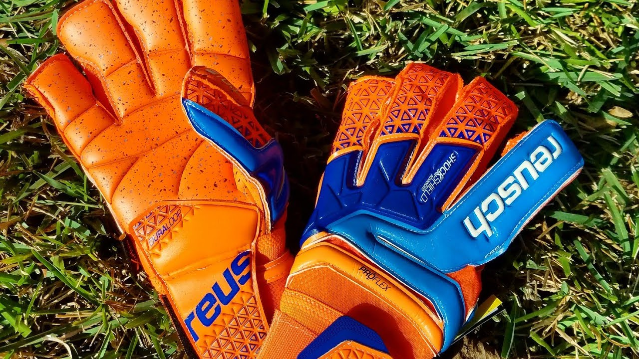 8fd30e542 Goalkeeper Glove Review: Reusch Prisma Supreme G3 Fusion - YouTube