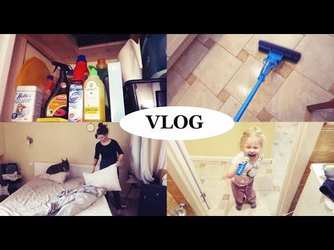 VLOG Одна дома! Утренник, штора на кухню, моя бытовая химия - Senya Miro