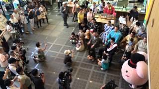 26日の弥彦神社の相撲場開きに訪れていた伊勢ヶ浜部屋一行は翌27日、伊...