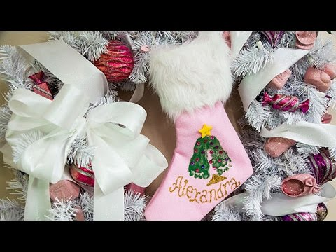 Home family 39 s diy baby 39 s first christmas crafts youtube for Diy crafts youtube channels