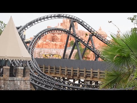 A Stormy Trip To Universal Studios & Islands Of Adventure! | Coaster Update, Ride Closures & More!