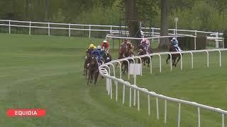 Vidéo de la course PMU PRIX DE CHAMPTEUSSE-SUR-BACONNE