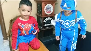 Superhero lucu makan Coklat ❤ Captain America & Spiderman eat Chocolate 💙 Zefanya Oyanio