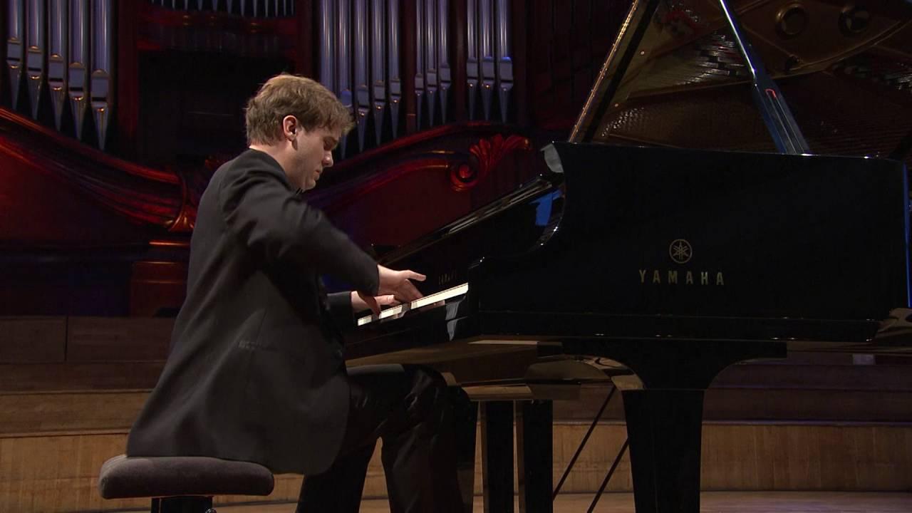 Evgeni Bozhanov – Nocturne in B major, Op. 62 No. 1 (first stage, 2010)