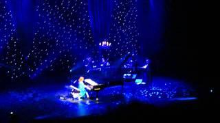 Tori Amos - Star Whisperer (live - ATL 29.11.11).MP4