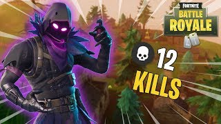 FORTNITE-I BOUGHT THE NEW RAVEN SKIN AND WE DID 12 KILLS!!!