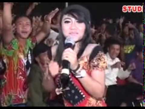 Ada Aku Disini - Savana Dangdut Reggae Live Dukuhan 2015