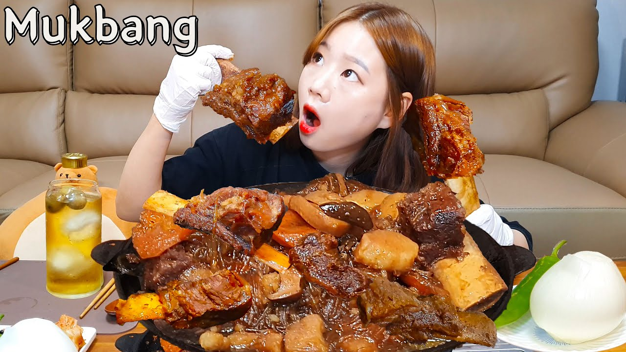 🍖대왕소갈비찜+대왕양파먹방?🧅 왕크니까 왕맛있었던 대왕갈비찜에 K-디저트(볶음밥)는 필수코스😎 Steamed Ribs MUKBANG ASMR EATINGSHOW REALSOUND
