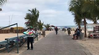 Recorrido por playa Gaviotas en la zona dorada en Mazatlán