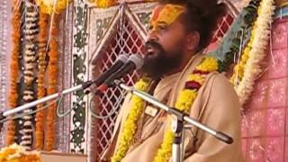 Swami Shri Rajendra Das Devacharya Ji Maharaj sings Shri Yugal Mahamantra Kirtan on NIMBARK JAYANTI