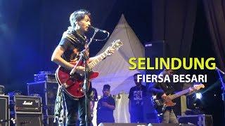 "Download lagu FIERSA BESARI ""SELINDUNG"" LIVE SOLO"
