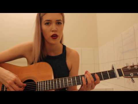 Клип Grace Pitts - Down This Road