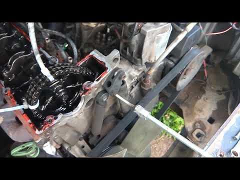как достать штифты успокаителя цепи 601 мотор мерседес  208д????