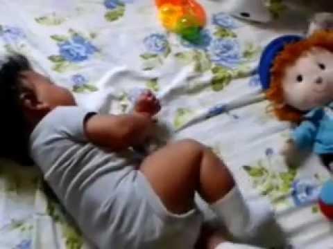 Bebe aprendio a dar la vuelta 4 meses youtube - Quitar mocos bebe 9 meses ...