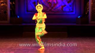 Gambar cover Anandini Dasi performing Odissi
