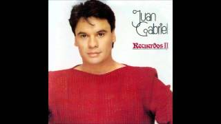 Watch Juan Gabriel Querida video