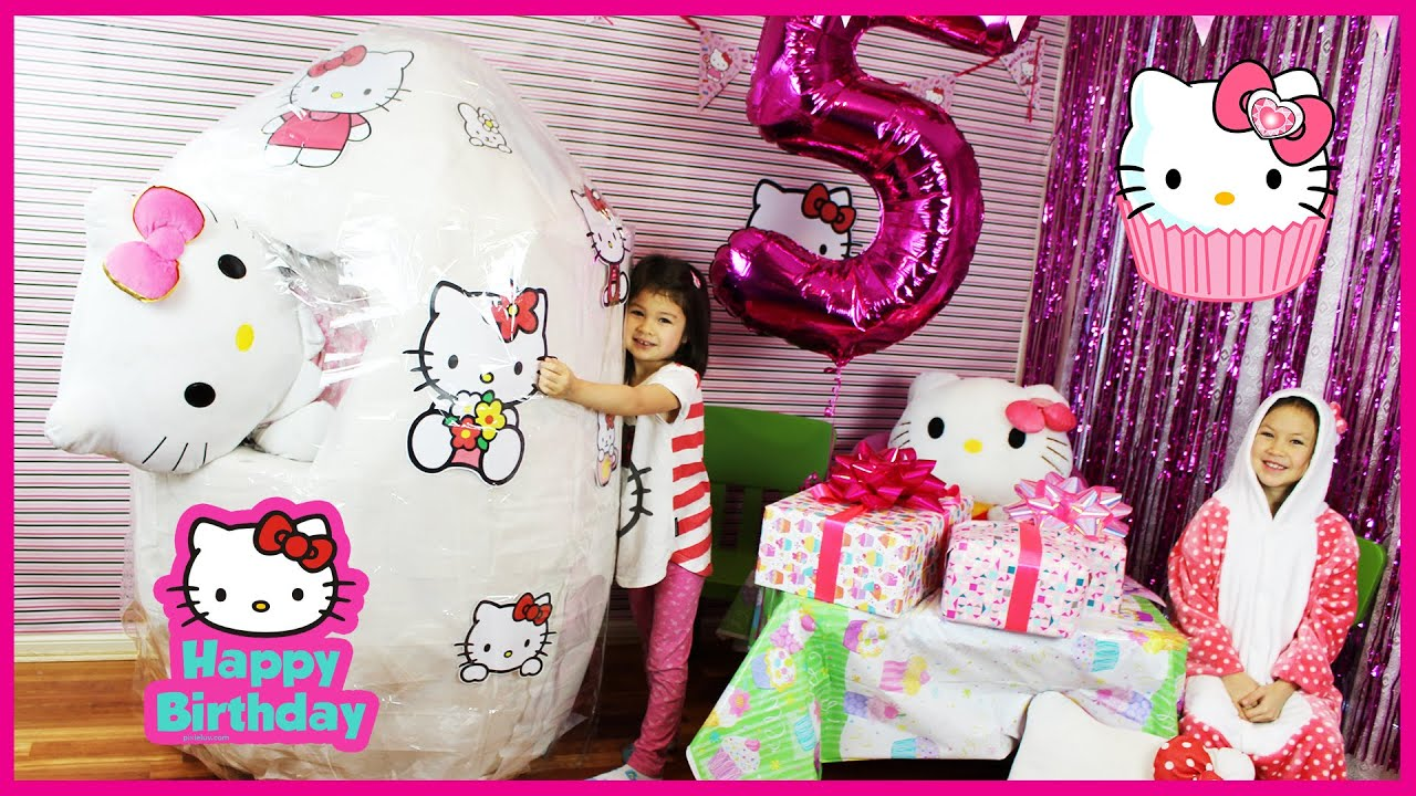 hello kitty giant surprise egg hello kitty birthday party. Black Bedroom Furniture Sets. Home Design Ideas