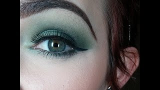 Green Smokey Eye Thumbnail