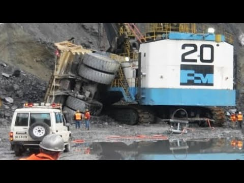 World's Dangerous Idiots Fastest Heavy Excavator Fails - Heavy Equipment Machines Working Operator