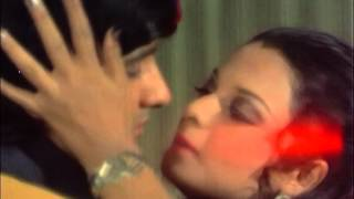 Rekha And Anil Dhawan Kissing Scene - Hawas - Kissing In Romantic Song