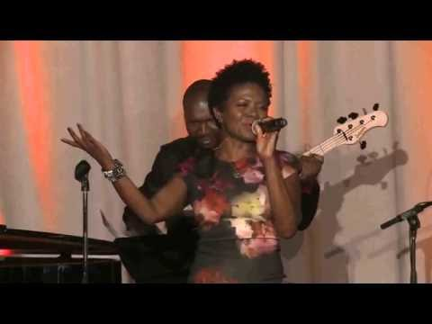 LaChanze Performs at Cancer Support Community's Spring Celebration