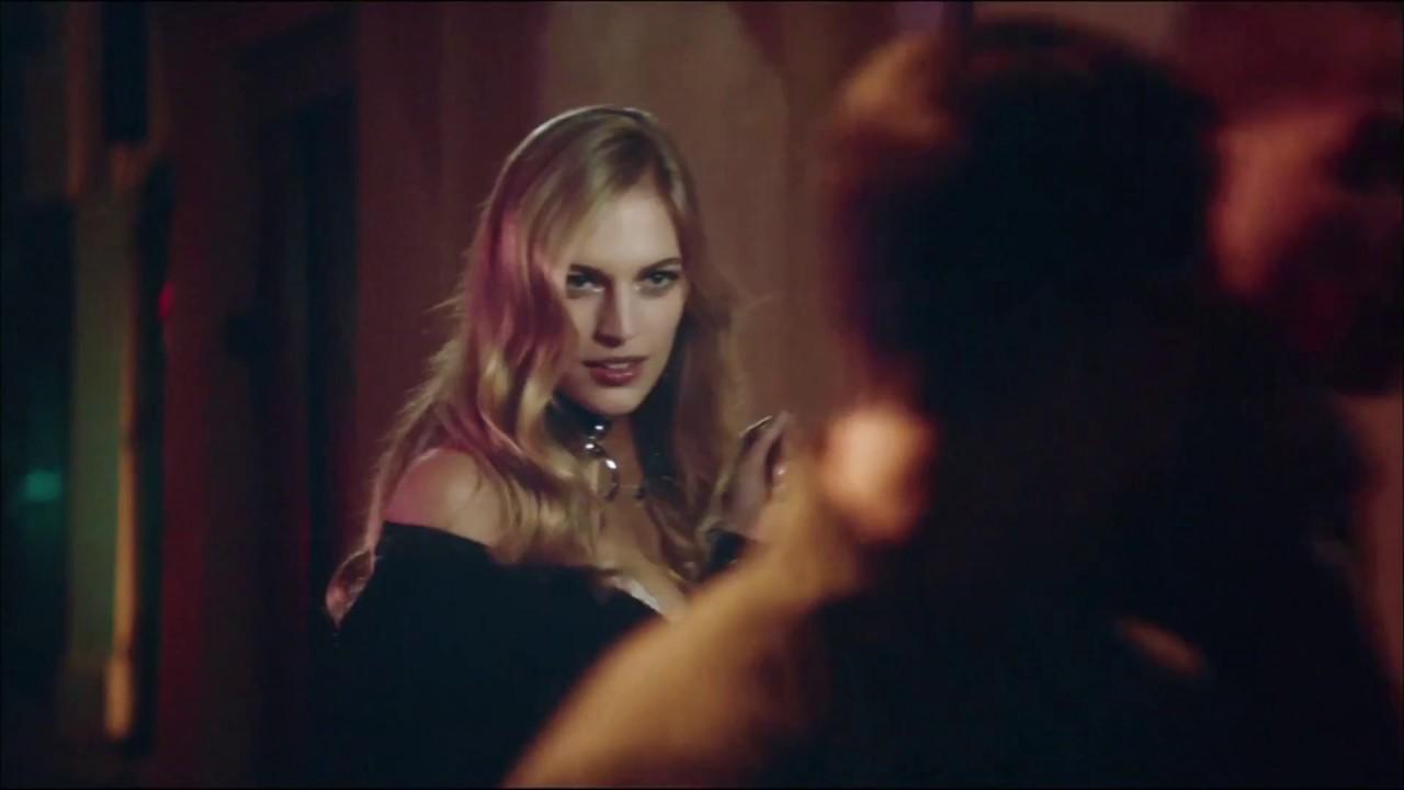 2017 Paul Comercial Spot De Perfume Scandal Jean Anuncio Publicidad Gaultier vn8mN0OPyw