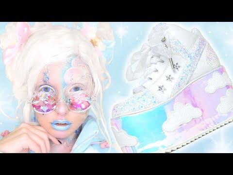 I DID MY MAKEUP LIKE A SHOE??  Inspired by Fashion: YRU QOZMO SKY SKY
