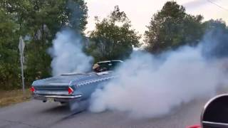 1964 Chrysler Windsor Convertible Burnout