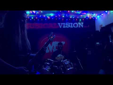 URD - Master Of Puppets (Metallica Cover) @ Musical Vision Aberdeen 28 October 2017
