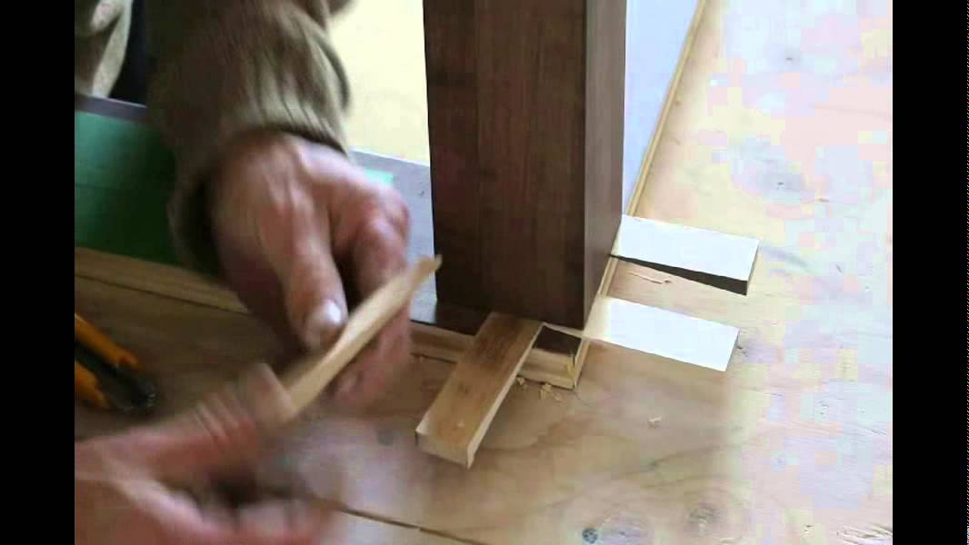 How To Fix Your Newel Post By Quality Wooden Stairs