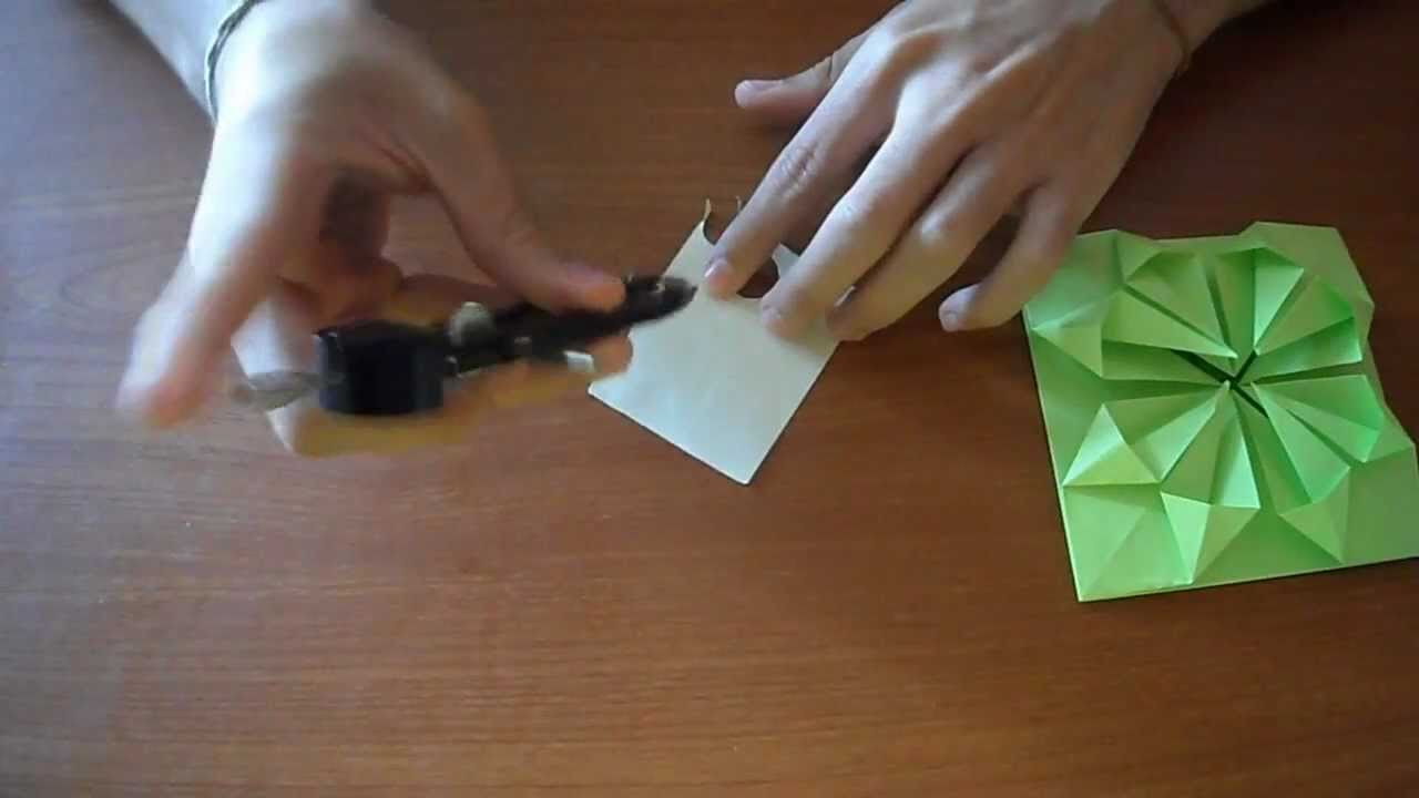 Como hacer una flor carta de papel youtube for Como construir una pileta de hormigon