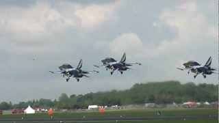 Republic of Korea Air Force Black Eagles Display Team @ RIAT 08-07-2012
