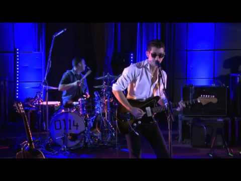 Arctic Monkeys - Why'd You Only Call Me When You're High ? (BBC Live Lounge)