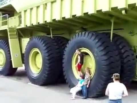 le plus gros camion du monde hd youtube. Black Bedroom Furniture Sets. Home Design Ideas