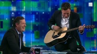 Jimmy Fallon sings Reading Rainbow to Piers Morgan