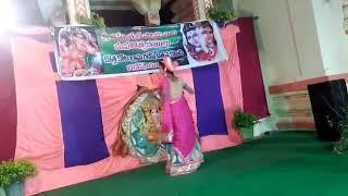 vuclip Indian 7th STD girl dance