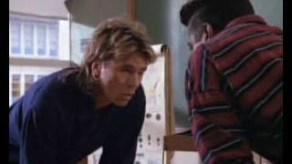 McGyver VS Tealc 1990 (French)