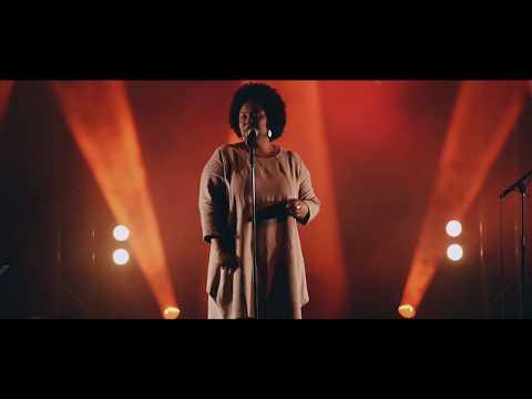 Lucibela - Negue (Live)
