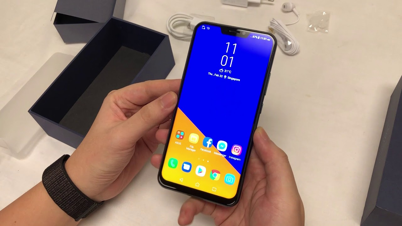 Asus zenfone 5 unboxing and first looks youtube asus zenfone 5 unboxing and first looks ccuart Gallery
