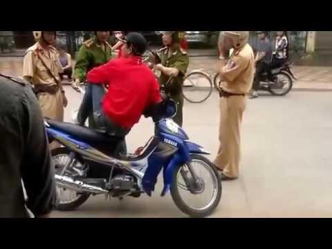 Clip hót dân cãi nhau với cảnh sát giao thông 2016 giải trí vui cười hài hước h 2017