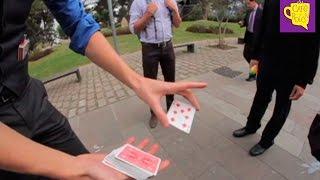 El mago Siegfried sale a mostrar sus trucos en las calles de Quito - Café y Bolón