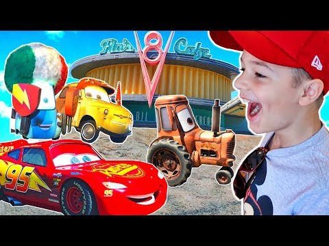 Disney Pixar Cars Land at Disneyland California Adventure Tractor Tippin Radiator Racers!!