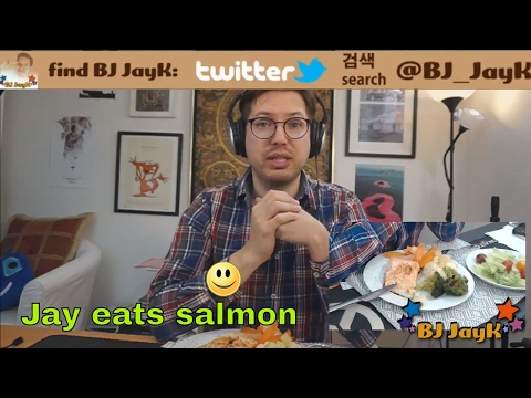 Live Mukbang: fried salmon with vegetables
